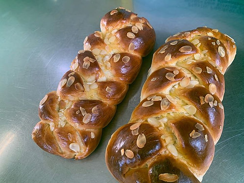 Pulla - Finnish Cardamom Bread