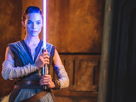 Star Wars: Galactic Starcruiser Promo Debuts New 'Real' Lightsaber