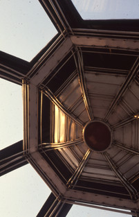 Γυάλινη οροφή σε ιδιωτική οικία/Glass roof in private residence