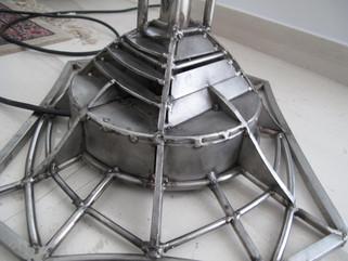 Φωτιστικό δαπέδου (λεπτ.)/Floor lamp (det.)
