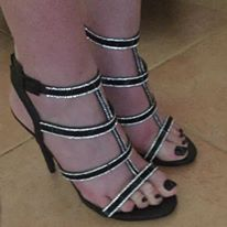 black toenail shoes