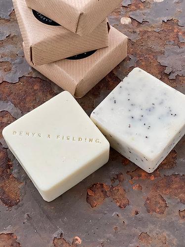 Gardeners Soap - Mint & Poppy Seed