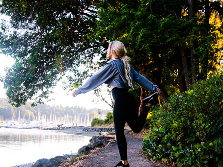 How to Keep a Healthy Routine When Traveling: Fitness Tips & More