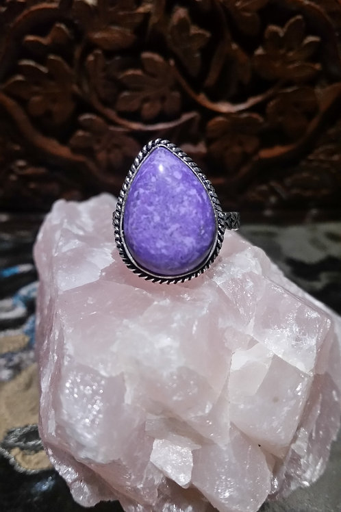 Teardrop Charoite Ring - Us size 9