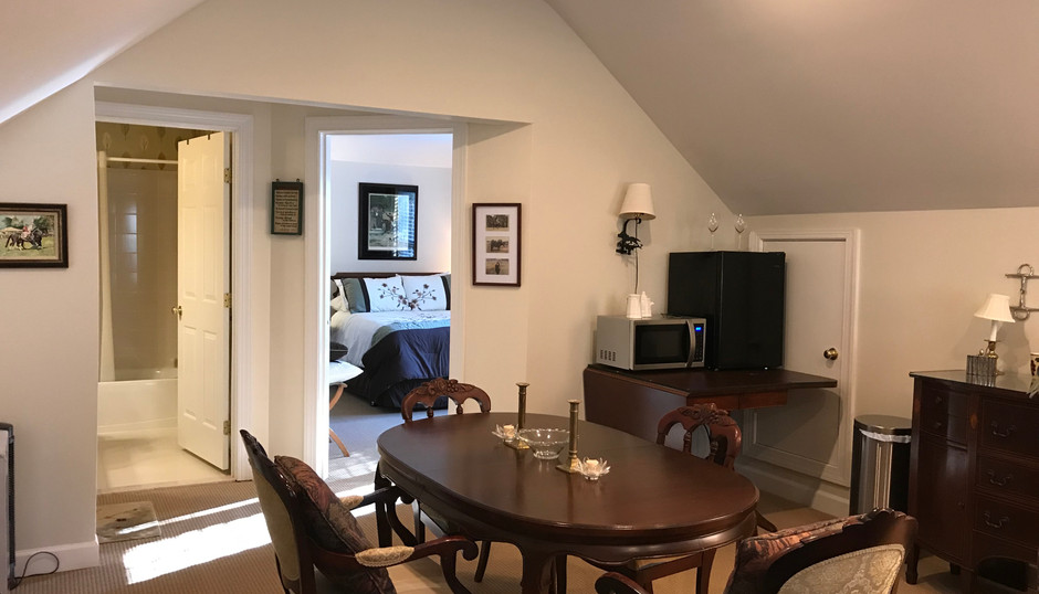 Tally Ho Suite Dining Space