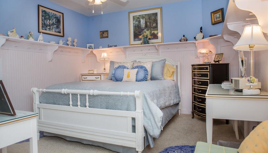 Lauren Adams Room 2.jpg