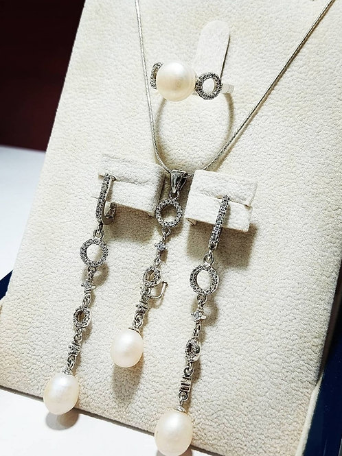 Set in silver with pearls stones