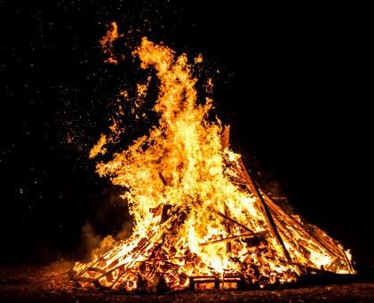 Gottesferne und Feuer | Eine Mystik der Karwoche