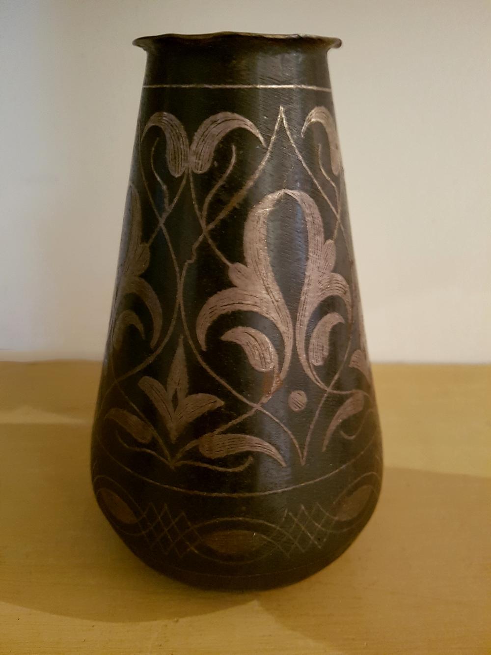 Vase en dinanderie XIXe