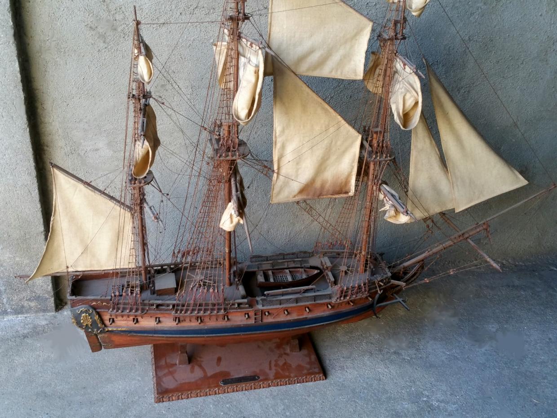 Maquette de bateau 3 mats