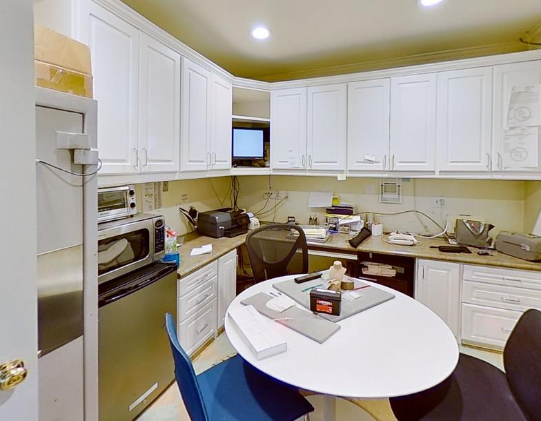2319-Wilshire-Blvd-Santa-Monica-Kitchen.