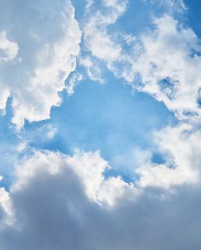 cloud-2425171_1920.jpg