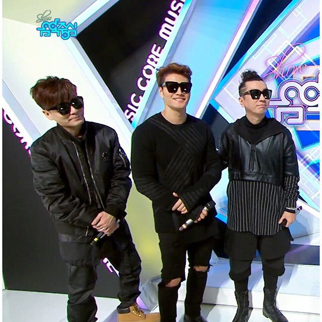 KOREAN POP STAR 'KIM JONGKUK'
