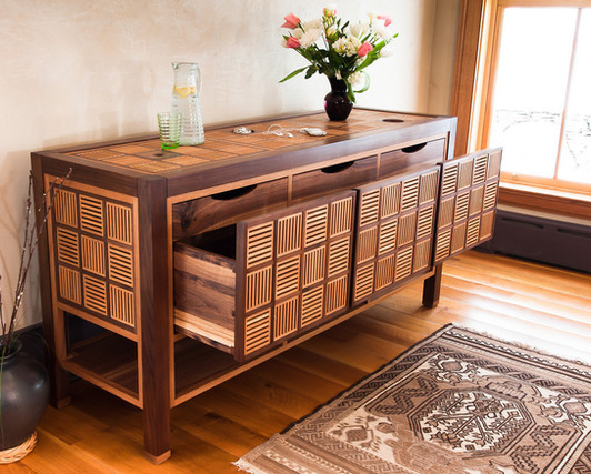 Walnut and Oak Chest of Drawers