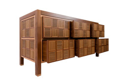 Oak and Walnut Chest of Drawers / Reid Dalland Photography