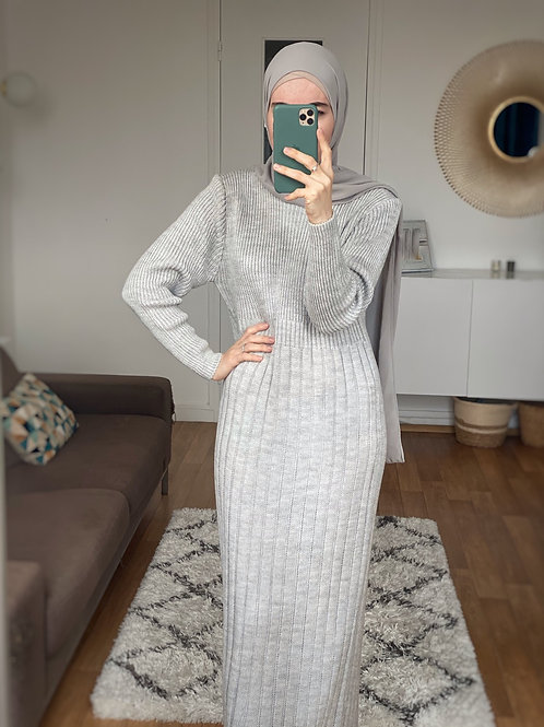 ROBE PULL MAILLE GRIS