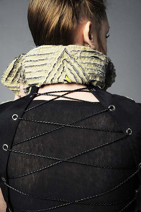 Layered texture collar,corset vest