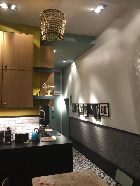 cuisine ouverte avec décorations