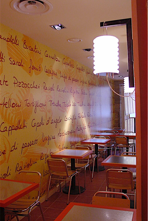 mur personnalisé restaurant Viaggio