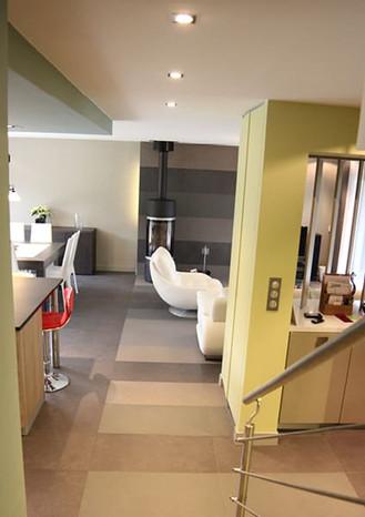 Une architecture intérieure perméable entre la cuisine et le salon