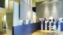 Architecture interieure de l espace attente pour Fortuneo LILLE
