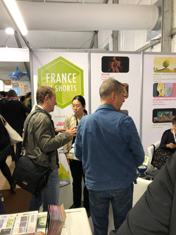 Stand France in shorts 2019