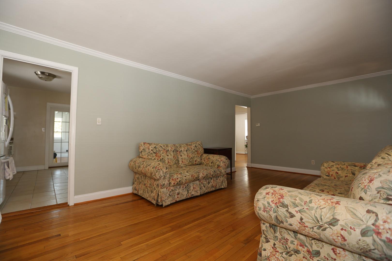 05-3 Living Room.jpg