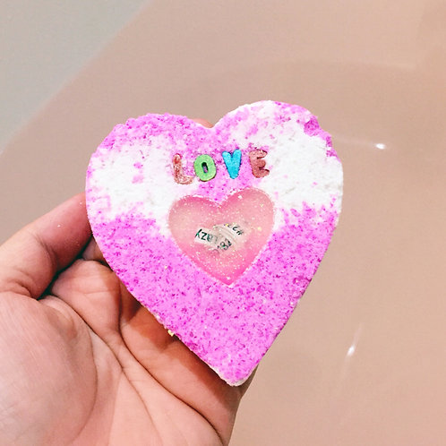 Hidden personalised Message and free to add Name 5oz wholesale Heart Bath Bomb