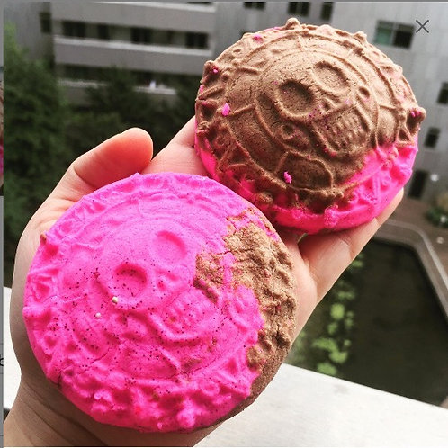Pirate Cookie fizzy butter bath Truffle, Solid Butter Truffle, cocoa butter, She