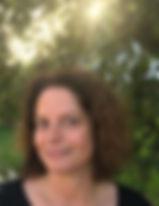 Claudia Gold