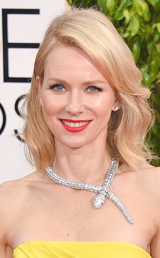 rs_634x1024-150111161450-634.Naomi-Watts-Jewelry-Golden-Globes-Red-Carpet-011115