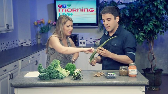 Rodney Habib on CTV news preparing raw dog food
