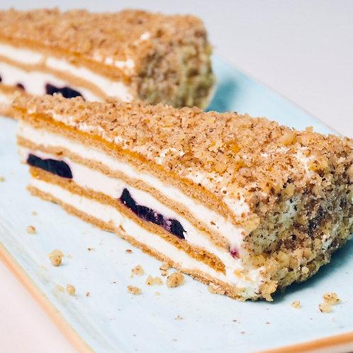Торта Френска с боровинки (4 парчета)