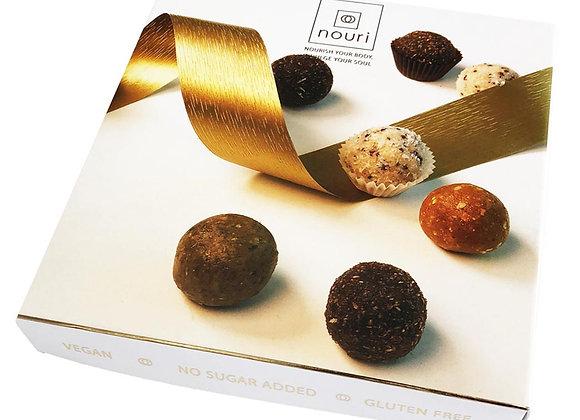Luxury box of 16 truffles