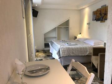 Suite 01.jpg