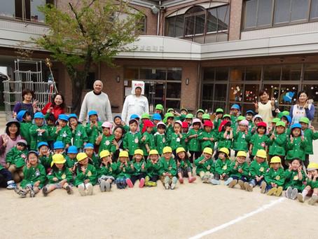 キューブマンが幼稚園に来ました。