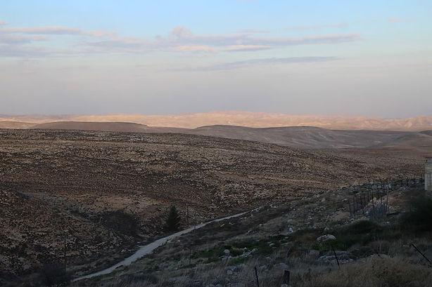 gorgeous hills maale amos.jpg