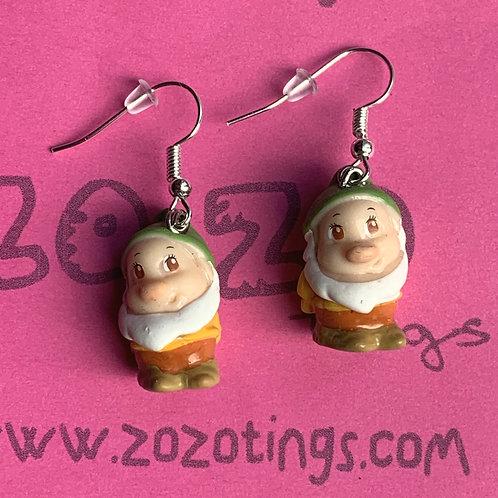 Snow White 'Bashful' Earrings