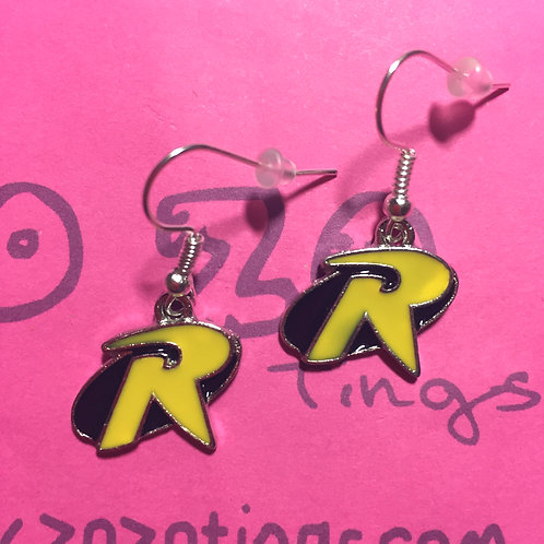 Robin Metal Earrings