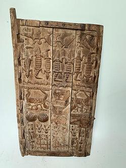 Wooden engraved door