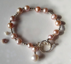 """The """"Lace"""" Pink Pearl Bracelet"""