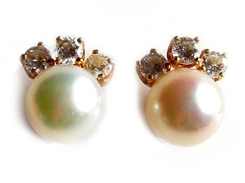 'Fanfare' Pearl Earrings
