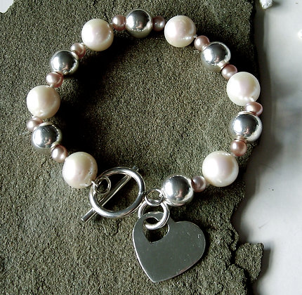 The 'One' Pearl Bracelet