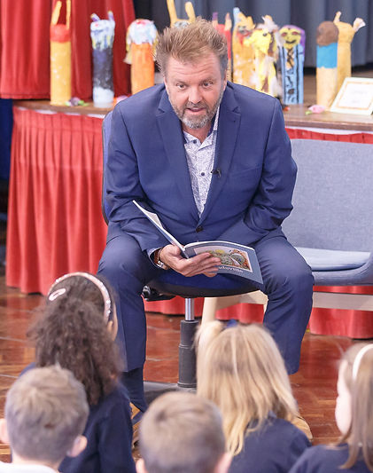 Martin Roberts Reads his book Sadsville
