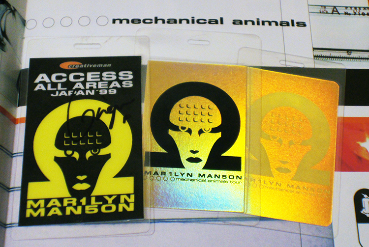Mechanical Animals Passes