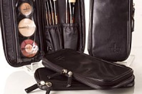 LBB - LITTLE BLACK BAG - MAKEUP IS NOT INCLUDED