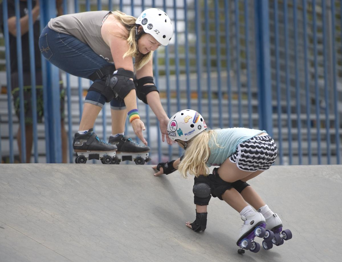 Roller girls in the news in Laguna