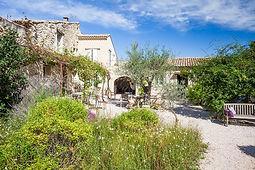 Après la sieste chambre d'hôtes St Laurent des Arbres, piscine, Gard, Roquemaure, sortie autoroute