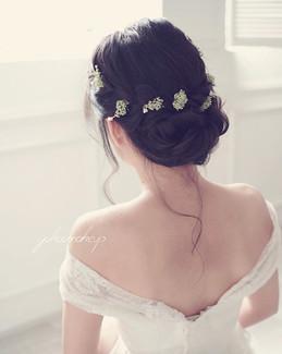 Makeup and hairstyle YokoC_WhatsApp (852