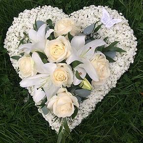 #funeraltribute #gypsophilia #floraltrib
